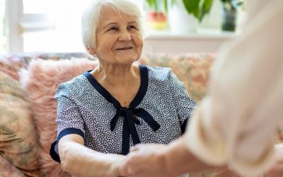 Signs You (or a Loved One) May Be Ready for Assisted Living